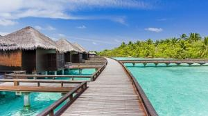 she3442ag-196108-Water-Bungalow-Club-Water-Bungalow