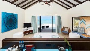 sunset-beach-villa-bedroom-2
