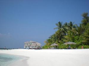 ellaidhoo beach1