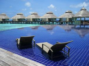 ellaidhoo watervillas1